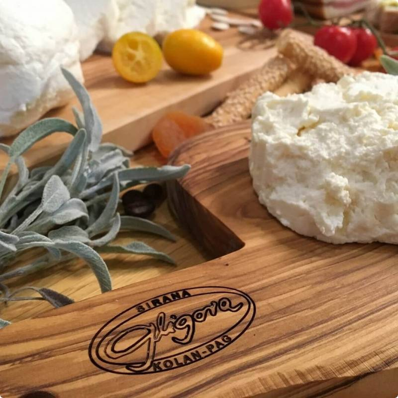 Fresh goat and cow milk cheese price, sale, discount Croatia