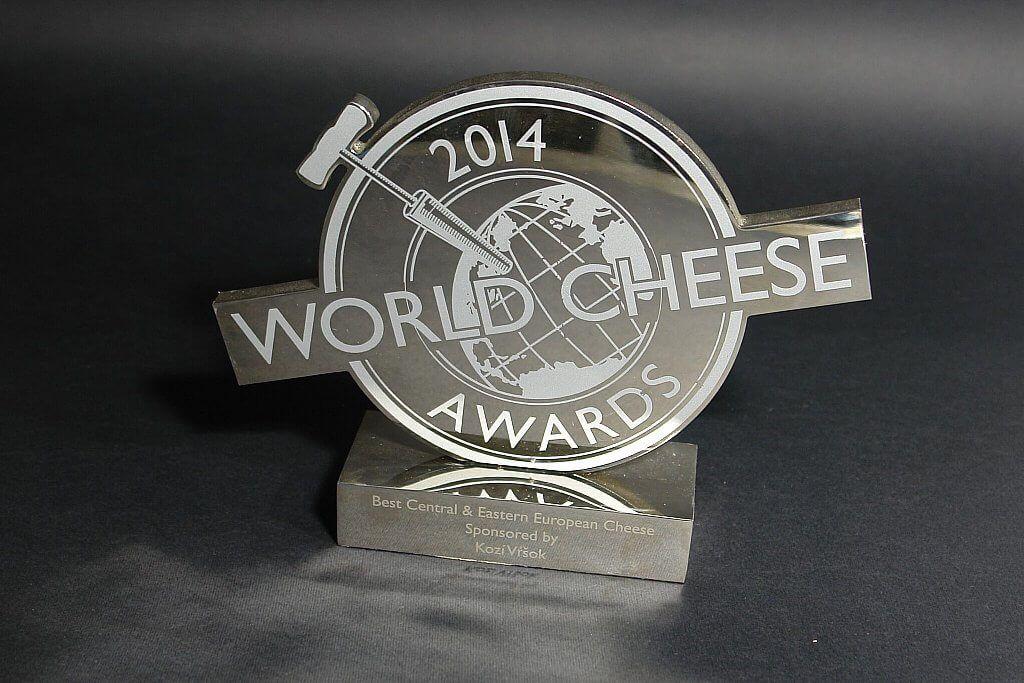 Vicemeister des Wettbewerbs, SuperGold und Trophäe bei den World Cheese Awards, London, GB
